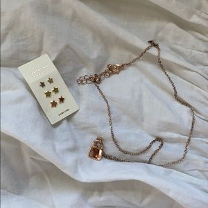 Lock necklace and star earrings